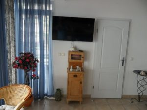 ap2-2-1bedroom-2-4-pax-40m2-balcony-seafront_322_1