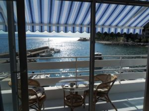 ap2-2-1bedroom-2-4-pax-40m2-balcony-seafront_322_5