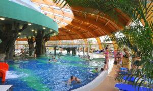 Aqua-Palace.trópusifürdő_1100